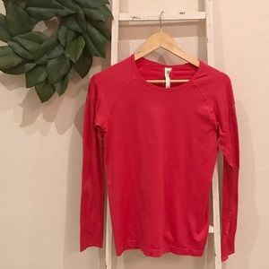 Fabletics Dark Pink Long Sleeve Athletic Top